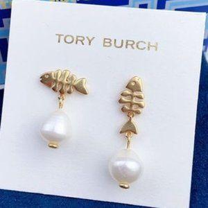 Tory Burch Asymmetric Small Fish Pearl Earrings